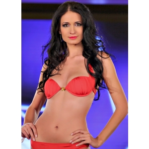 Delia Duca. Delia Duca - Miss Universe Romania 2012