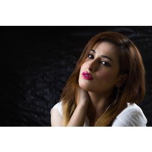 Roxana Dumitru - make up artist