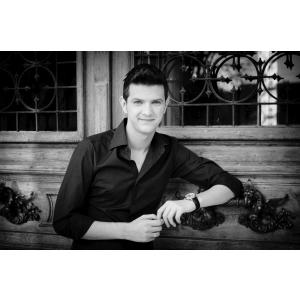 """Tenorul Bogdan Mihai invitat pe scena Salii Radio din Bucuresti pentru Concertul eveniment """"Messiah"""", de George Friderich Handel"""