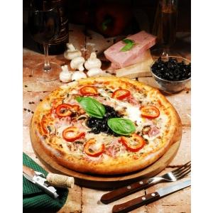 pizza. Adrian de Luxe