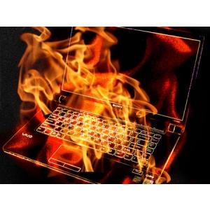 """Vin sarbatorile! Asigura-te ca laptopul tau nu va ceda din cauza """"excesului""""!"""