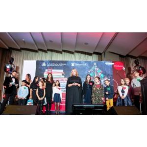 Catena a fost și în acest an alături de copiii din medii defavorizate,  la Festivalul Brazilor de Crăciun 2019