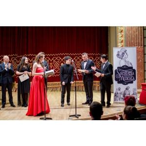 """interpretare. Catena, Farmacia Inimii, a premiat câştigătorul Secţiunii Pian al Concursului Naţional de Interpretare şi Critică Muzicală """"Mihail Jora"""""""