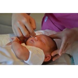 paternal. Descrierea etapelor ce au loc in timpul igienei sugarului