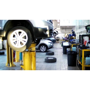 Piese logan. Studiu: 38% din proprietarii de Dacia Logan aleg s-o repare cu piese de la dezmembrari auto