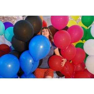 Baloane cu heliu pentru a-i face ziua mai frumoasa persoanei iubite