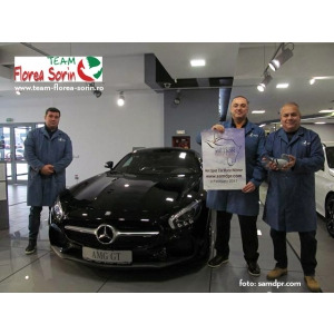 florea. Team Florea Sorin, primii crescatori români care câștigă în South Africa Million Dollar Race locul 1 și mașină la un Hot Spot Car Race
