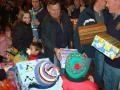Zeci de mii de cadouri pentru copiii nevoiasi