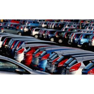 Piata auto de masini noi in scadere!