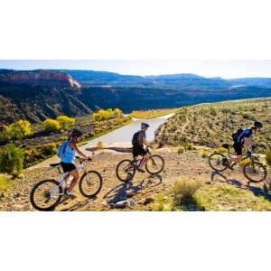 accesorii bicicleta. 9 motive pentru care ar trebui sa imbratisezi mersul pe bicicleta