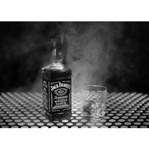 Jack Daniel's este preferatul tau? Iata 5 motive sa il comanzi online!