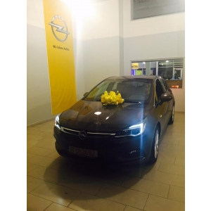 cort evenimente. Primul Opel Astra K vandut in Romania