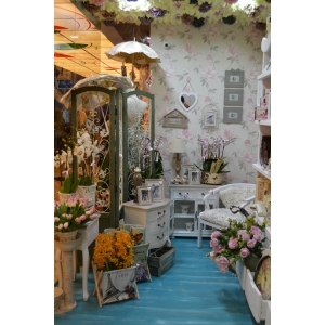Floraria Florens  deschide o noua locatie in  Baneasa Shopping City