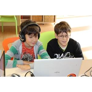 Înscrie-te la concursul Digital Kids, competiţie de programare şi robotică pentru copii şi adolescenţi