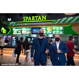 În plină stare de urgență a industriei HoReCa, lanțul de restaurante Spartan creează noi locuri de muncă