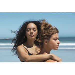 Maria Nila protejeaza oceanul, lansand campania de vara: Nomazii apelor