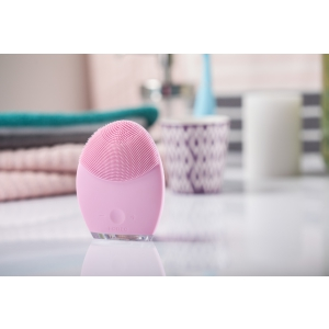 FOREO LUNA 2 CLEANSING DEVICE