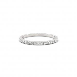 3 motive pentru care un inel eternity trebuie sa fie inelul de logodna
