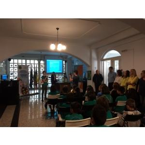 Învăţarea limbilor străine şi educaţie pentru diversitatea culturală la Şcoala Metropolitană A.R.C.