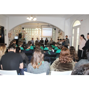 Scoala Gimnaziala Metropolitana ARC, din Bucuresti, participa la concursul national Ora de Net
