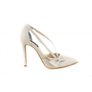 Importanța achiziției pantofilor din piele naturală