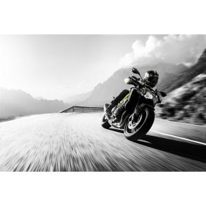 Kawasaki. Kawasaki Z900 o motocicleta care promite un comportament excelent