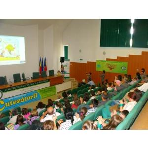 Eco Forum pentru tineri cu stil de viaţă sănătos