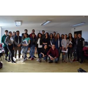 24 de tineri instituționalizați din județul Vaslui  au învățat, timp de 3 luni, ce înseamnă să fii independent și responsabil financiar