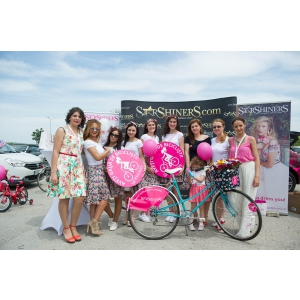 biciclisti. StarShinerS, sponsor principal SkirtBike Oradea 2016