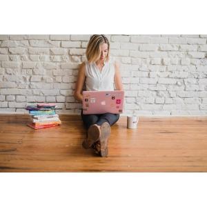 Alatura-te echipei SEOmark pe postul de redactor si promoter online