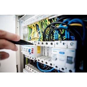 COMUNICAT: A aparut un serviciu unic. Ateliere mobile electrician autorizat