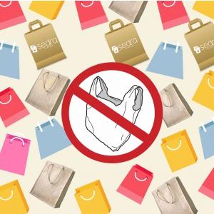Folosirea de pungi din plastic va fi interzisă în România. Alternative eco: sacose panza și pungi de hartie