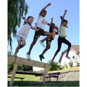 ziua copiilor. SOS Satele Copiilor România a iniţiat petiţia pentru recunoaşterea zilei de 15 mai drept sărbătoare legală