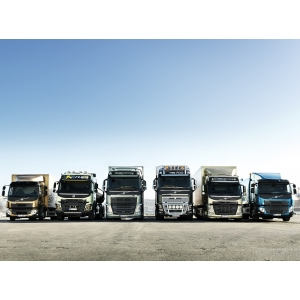 În numai 8 luni Volvo Trucks şi-a reînnoit întreaga gamă de modele de autocamioane pentru piaţa europeană