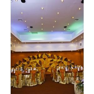 Restaurantul Agra Palace organizeaza petrecerea de sfarsit de an pentru companii