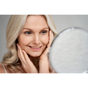 Scapă de proteza mobilă. Implant dentar Baia Mare
