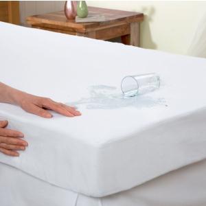 Cum te poate ajuta o protectie impermeabila sa protejezi salteaua patutului de micile accidente nocturne