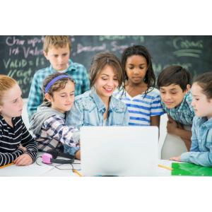 Campania nationala de educatie digitala a profesorilor continua