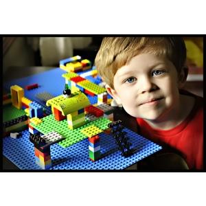 Noua colecție de jucării LEGO s-a lansat și în România