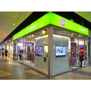 concept store.  IQBox – un concept store creat pentru client