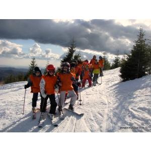 Himalaya Travel – tabere de schi pentru copilul tău, în România şi Austria