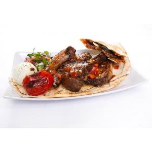 De Ce Este Faimoasă Mâncarea Libaneză?
