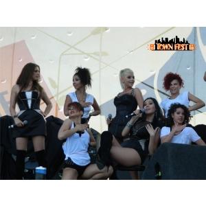 makeup artist bucuresti. Trupa Heaven va concerta in acest weekend la Town Fest - Bucuresti