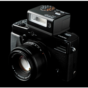 Fuji X-Pro1. F64 lanseaza Fujifilm X-Pro 1
