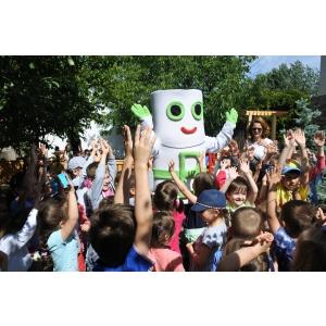 O nouă premiera in reciclarea din scolile din Romania
