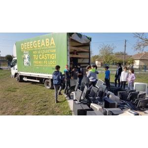 """""""România Reciclează"""": în două luni românii au predat spre reciclare peste 150 de tone de aparate electrice defecte"""