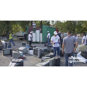 """Un nou record în Campania """"România Reciclează"""":  tulcenii au predat către reciclare 12 tone de aparate electrice vechi!"""
