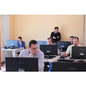 autodesk. Man and Machine Education Center a oferit certificari Autodesk gratuite