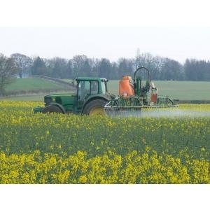 erbicide. Pesticide-AZ.ro -  Erbicide eficiente care protejeaza culturile agricole de plantele parazite
