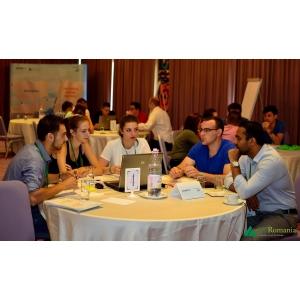 locuri de munca pentru studenti. 40 de studenti din 4 tari au invatat sa creeze locuri de munca prin antreprenoriat la Scoala de vara SMARTUp